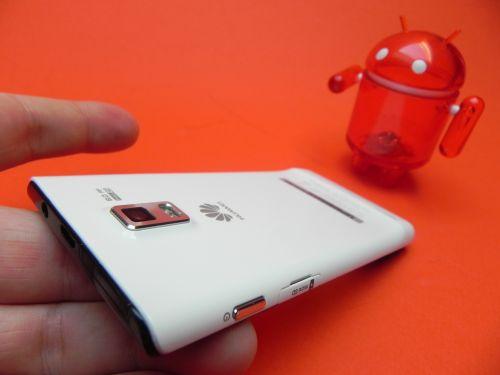 Recenzie Huawei Ascend P1