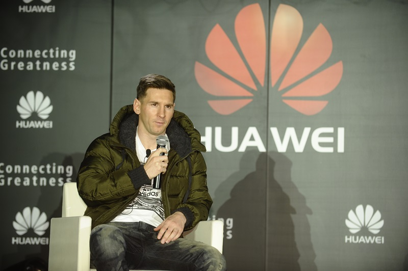 Lionel Messi devine Ambasador Global Huawei, va utiliza oficial un smartphone Huawei Mate 8