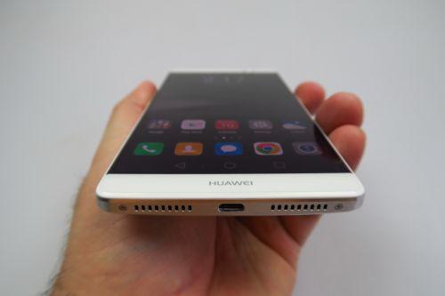 Huawei Mate 8 Review: cel mai puternic phablet pentru care puteţi 8a (Video)