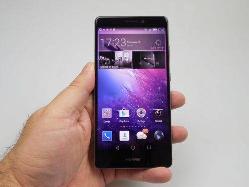 Ecranul lui Huawei Mate S