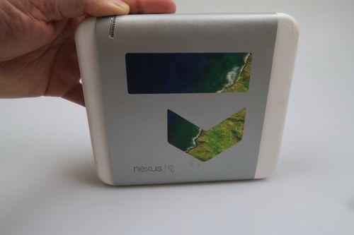 Huawei Nexus 6P Unboxing: cel mai arătos telefon Nexus din ultimii ani scos din cutie (Video)