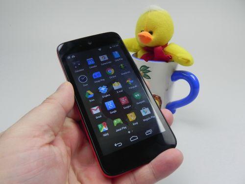 Karbonn Sparkle-V Review & Concurs: surpriza indiană cu Android One, cameră atractivă, UI fluid (Video)