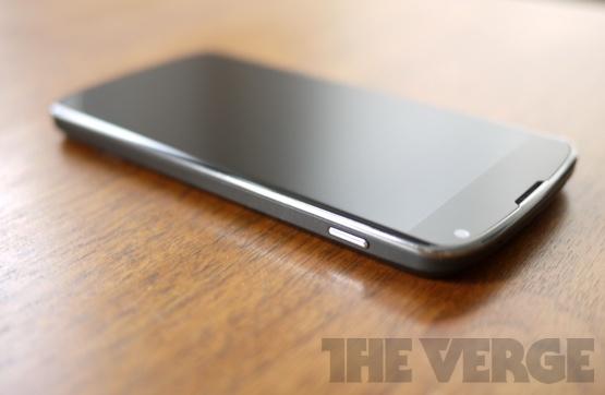 Review The Verge: telefon excelent, lipsa conectivității LTE e absurdă