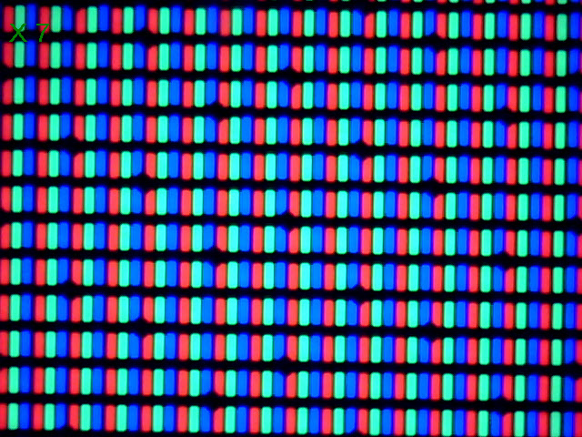 Display-ul lui LG G Pro 2 la microscop