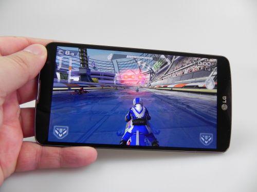 LG G Pro 2 review: phablet cu design atractiv, acustică foarte bună, dar baterie ușor dezamăgitoare (Video)