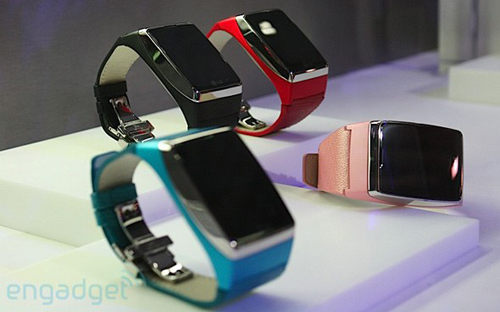 Orange lanseaza in premiera ceasul telefon LG G910
