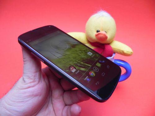 Review LG Nexus 4
