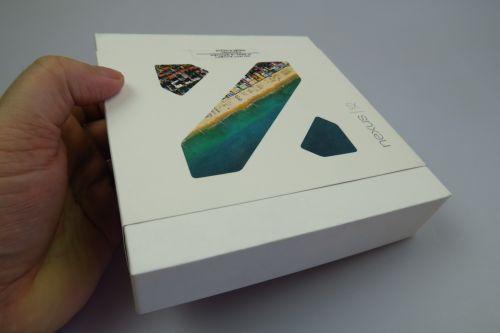Cutia retail a telefonului LG Nexus 5X