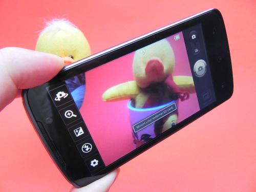 LG Optimus LTE P936 - camera