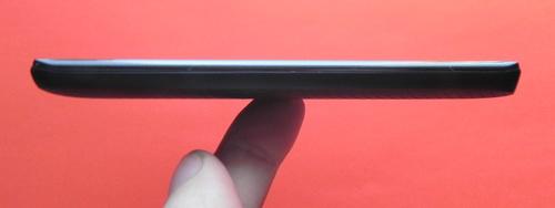 LG Optimus LTE P936 - dreapta