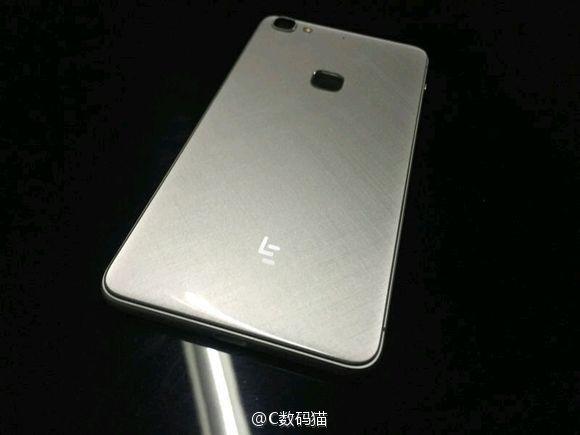 Smartphone-ul LeEco Le 2 se lasă fotografiat timpuriu; aflăm și câteva dintre specificațiile sale
