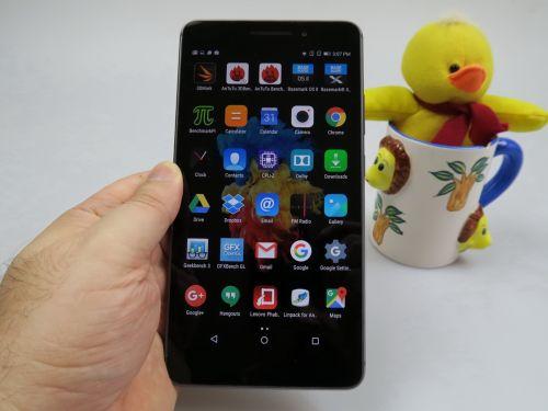 Aplicatii preinstalate pe Lenovo PHAB Plus