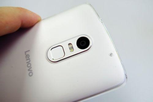 Camera lui Lenovo Vibe X3