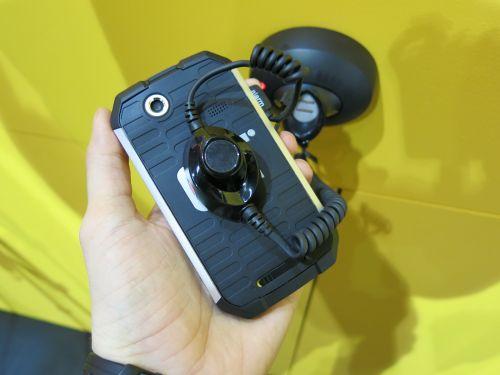 MWC 2013: Hands-on cu unul dintre cele mai rezistente smartphone-uri construite de Caterpilar