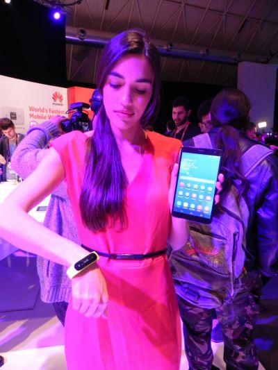 """Jurnal de bord MWC 2014, ziua 4: Prima zi """"de lucru"""" și brățara inovatoare Huawei"""