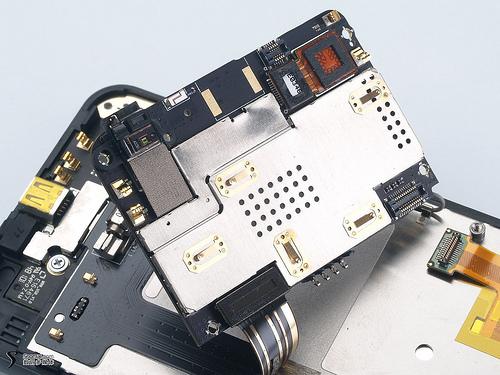 Meizu M9 disecat de experți