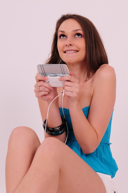 MobiGirl Sony Ericsson Xperia Play