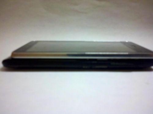 Motorola Droid 3, acum În noi imagini; tastatura sa primește un nou design