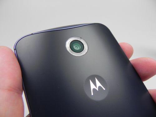 Nexus 6 - Camera de 13 MP vine cu stabilizare optică a imaginii.