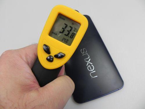 Motorola Nexus 6 atinge 34 de grade Celsius, după 15 minute de Riptide GP2
