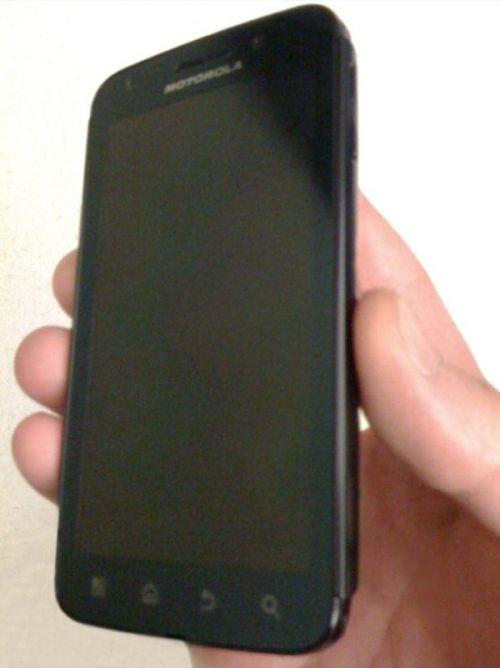 Smartphone-ul dual-core Motorola Olympus, acum Într-o serie de imagini postate pe web