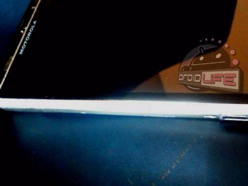 Un nou telefon Motorola, cu procesor multicore și cameră de 12 megapixeli; iată imagini!