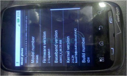 Motorola WX445, un telefon Android low end, scapat pe web sub forma de imagini