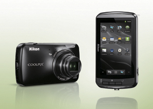 Camera Nikon cu Android, Coolpix S800...