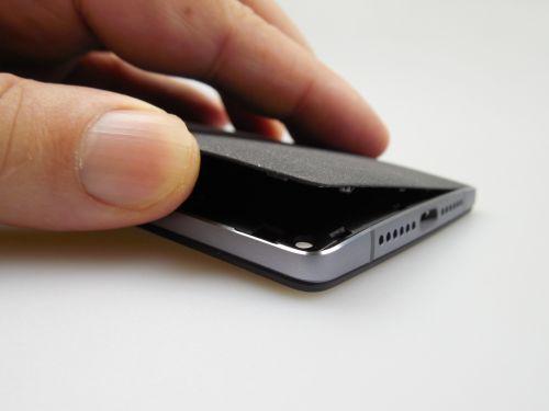 OnePlus 2 inlaturarea capacului spate