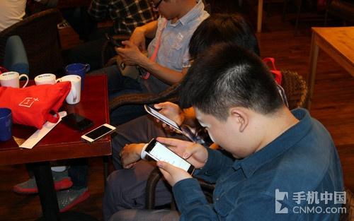 OnePlus One, o lansare ca la carte În China cu multe unități prezentate fanilor și oferite În teste