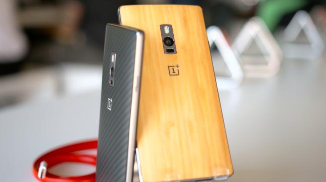 OnePlus 2 primeşte un unboxing şi un mini review; Senzorul pentru amprente e apreciat (Video)