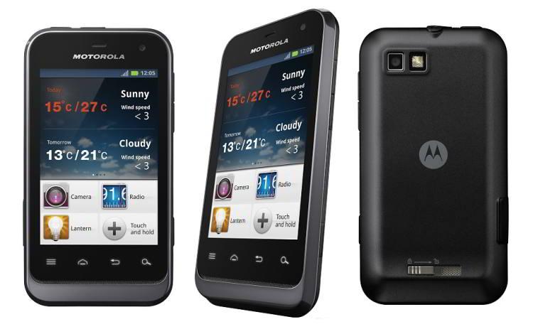 Detalii abonament Motorola Motoluxe Platit la semnarea contractului 94 euro - 412 lei Denumire abonament Pantera 12 + My Smartphone 10 Valoare abonament lunar 22 euro - 97 lei Beneficii incluse 900 de minute În rețea, 120 minute naționale, 400 de sms-uri În rețea, 40 de MMS-uri În rețea Trafic internet via 3G 620 MB / lună Total - Abonament după 24 luni și cu o suma plătită inițial pe smartphone 622 euro - 2.720 lei