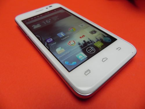 Specificatii Prestigio Multiphone 5400 Duo