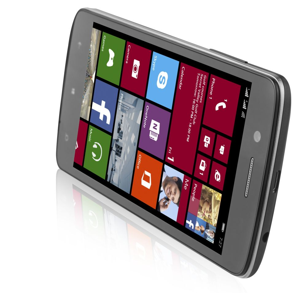 Prestigio lansează noi telefoane Windows Phone: MultiPhone 8500 Duo și MultiPhone 8400 Duo