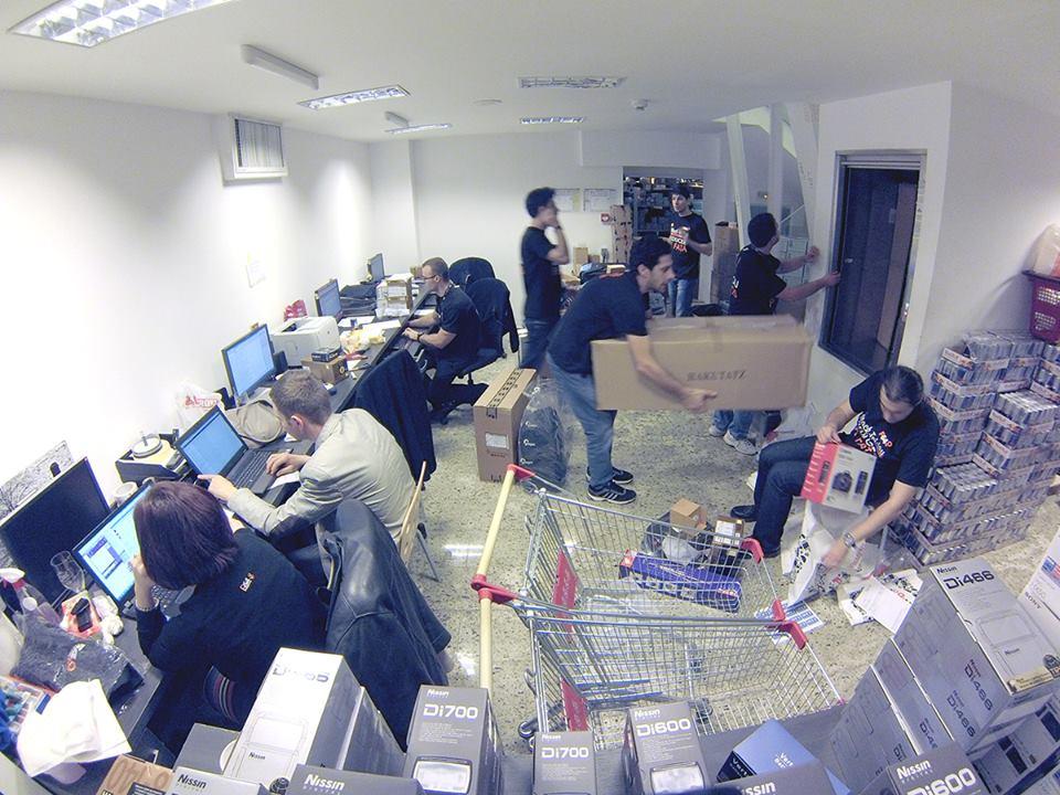 F64 prezintă primele rezultate din campania Black Friday: 14.800 de produse comandate, creștere de 75% față de 2012