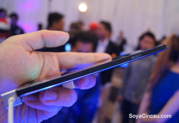 Samsung expune Galaxy A7, cel mai subțire smartphone al său În cadrul unui eveniment din Asia