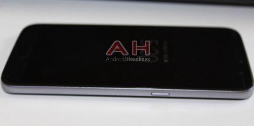 Samsung Galaxy S7 şi S7 Edge fotografiate hands on din toate unghiurile posibile, uşor de confundat cu predecesorii