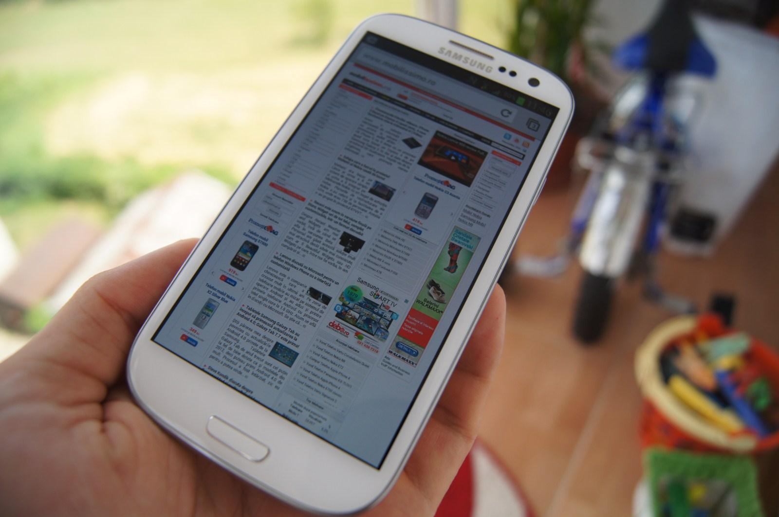 TOP 10: Motivele pentru care merită să cumperi Samsung Galaxy S III