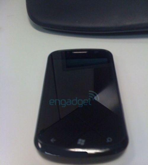 Cetus i917, imagini relativ clare, cu viitorul telefon Windows Phone 7 al Samsung!