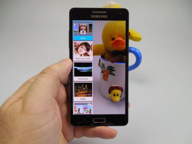 Samsung Galaxy A5 pe partea foto