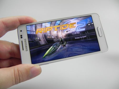 Review Samsung Galaxy Alpha