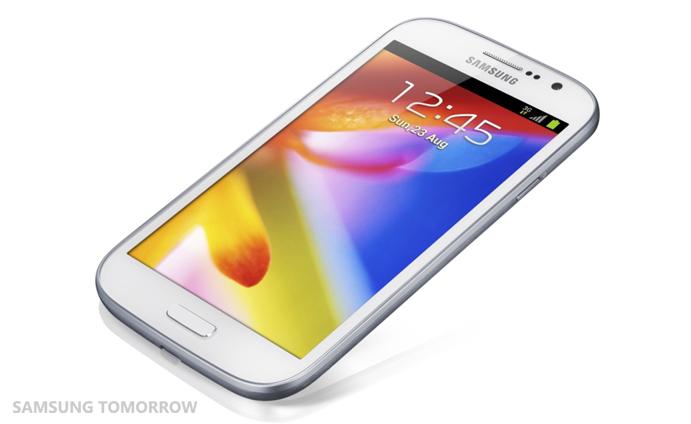Samsung anunța primul său telefon cu ecran de 5 inch: Galaxy Grand