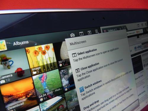 La pachet cu Galaxy Note 10.1 vine și Photoshop Touch