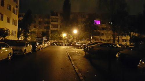 Mostra foto realizata cu Samsung Galaxy Note 4, in conditii de lumina insuficienta (Noaptea).
