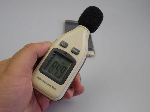 Samsung Galaxy Note 5, test cu decibelmetrul