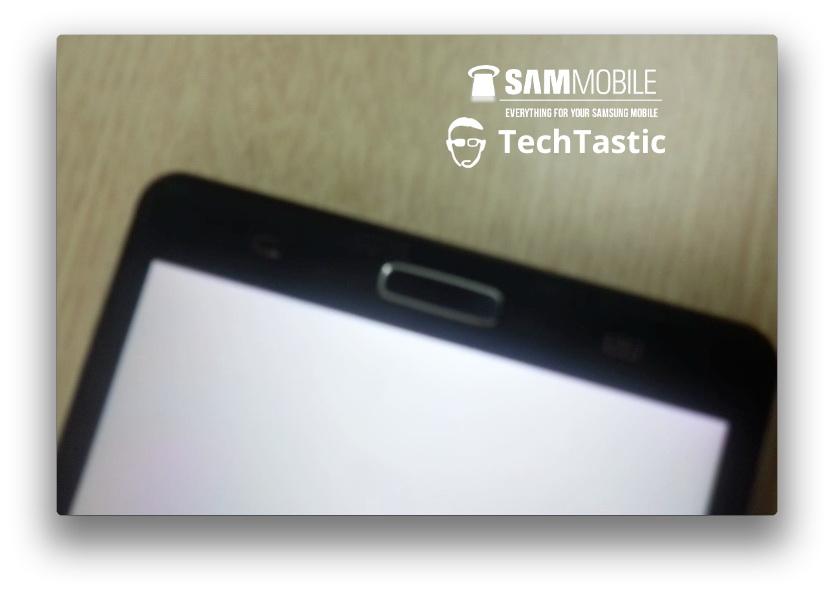 Samsung Galaxy Note III În primele imagini; Prototipul aduce ușor cu Galaxy S II și primul Note