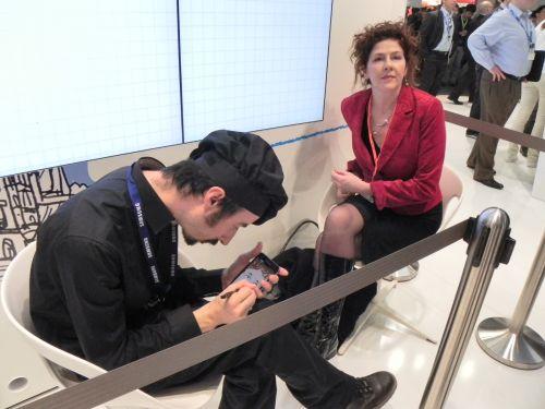 MWC 2012: Cum se face portretul pe Samsung Galaxy Note de 5.3 inch? (video)