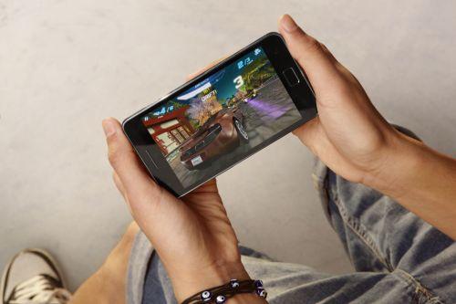 MWC 2011: Samsung prezintă Galaxy S II, cel mai subțire smartphone din lume