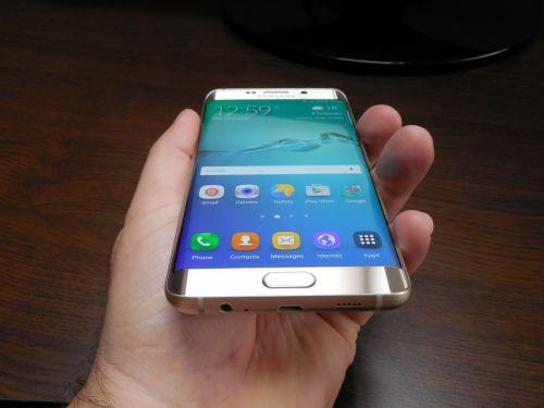 Samsung Galaxy S6 Edge+ margini curbate