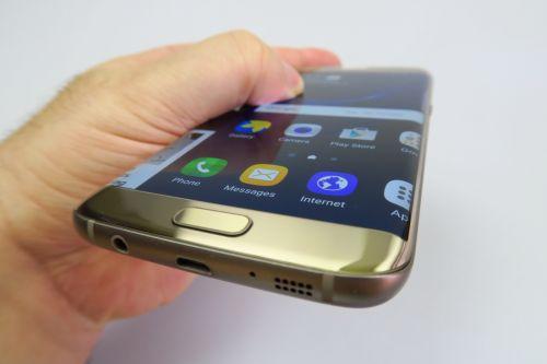Samsung Galaxy S7 Edge Review: a saptea minune a lumii smartphone... plus/minus o iluzie optica (Video)